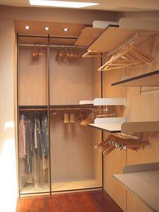 Vestuario 05, Walk-in closet en el ático, a medida
