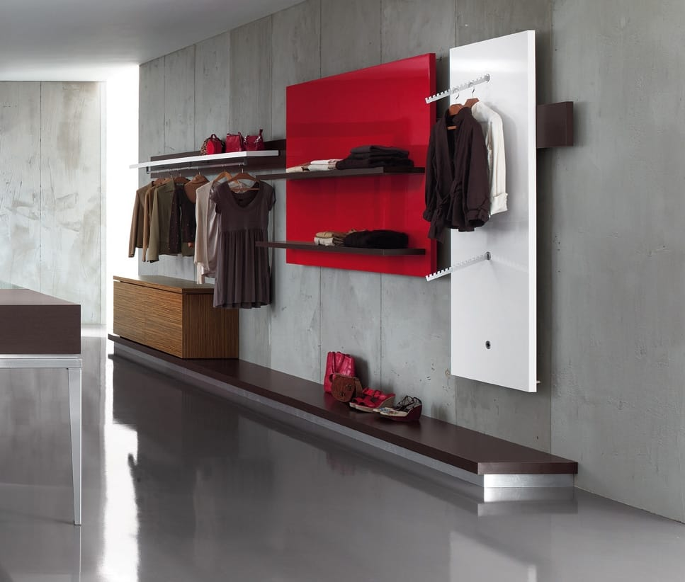 Revolution - unidad de pared para tienda de ropaRevolution - unidad de  pared para tienda de c9a40f1d81b71