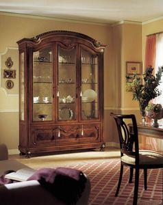 GRANDUCATO / Showcase with 3 doors, Pantalla tradicional con 3 puertas en madera de nogal tallada