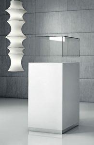 Quadratum Q/50, Vitrina con vitrina de vidrio o plexiglás.