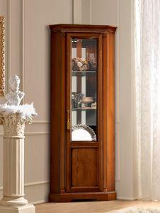 Treviso vitrina de esquina, Vitrina de esquina con un diseño clásico