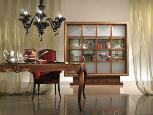 VL20 Dandy, Armario de vidrio con marco dorado